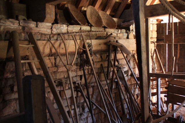 Reeve's barn.JPG