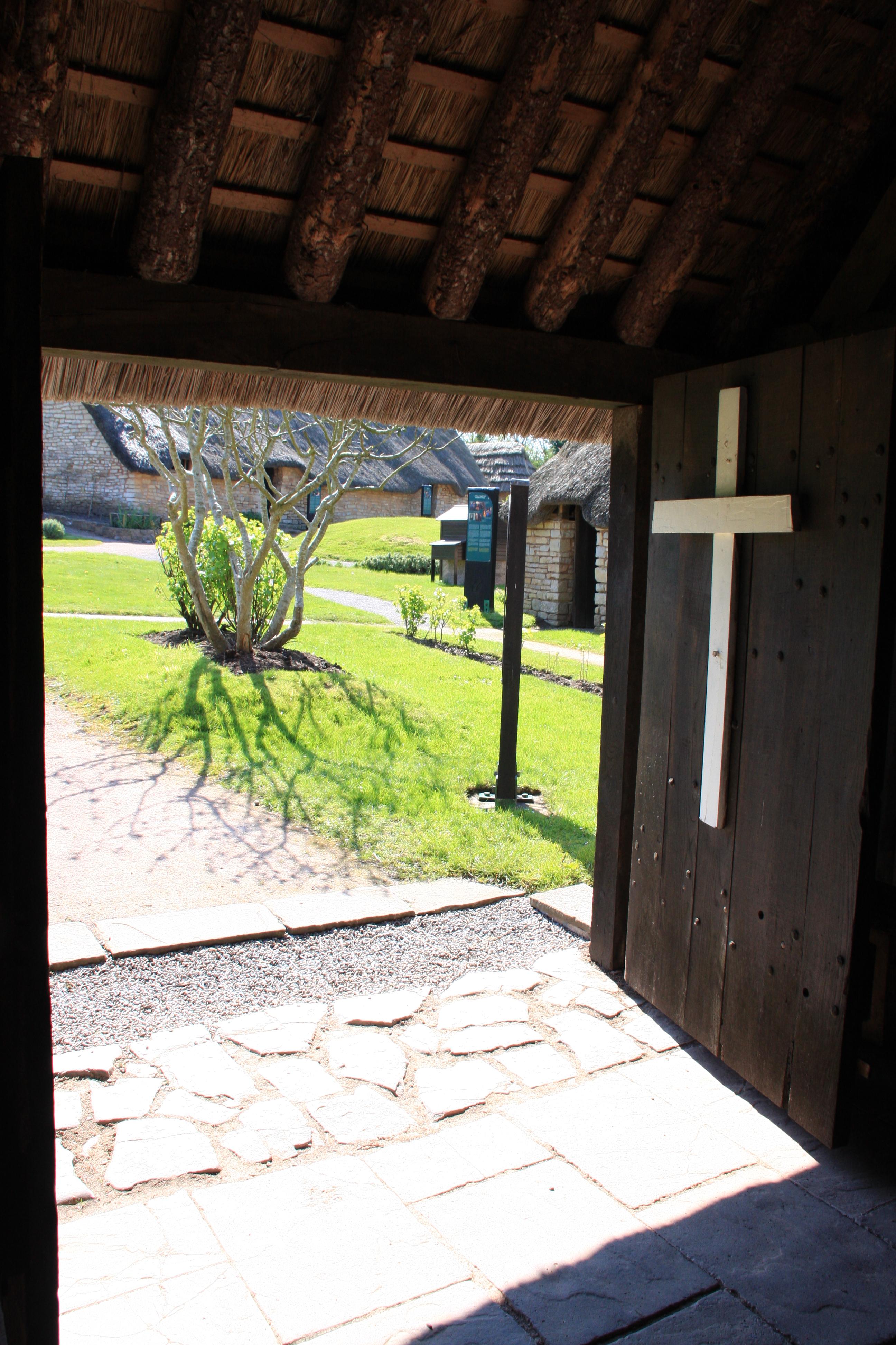 Tythe barn doors.JPG