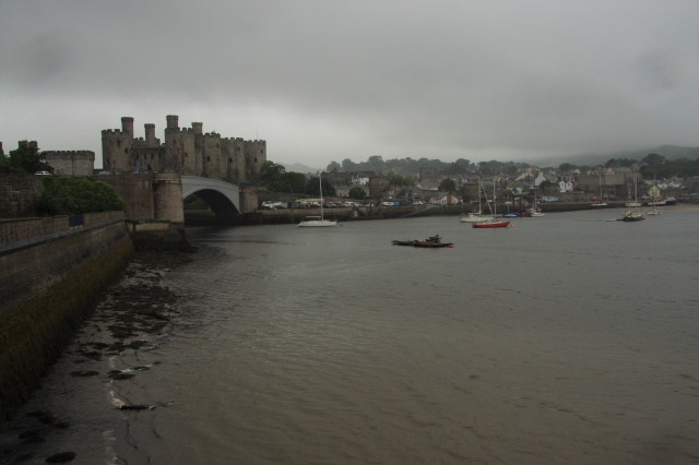 Conwy castle from outside.JPG