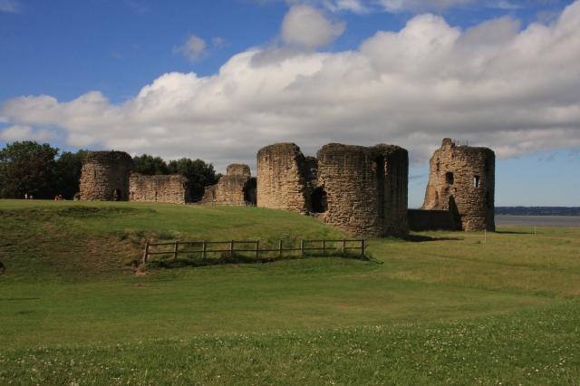 Whole castle.JPG