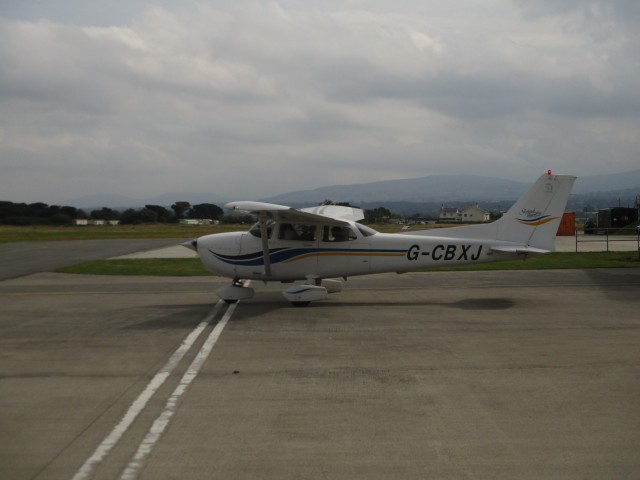 Taxying out to the runway.JPG